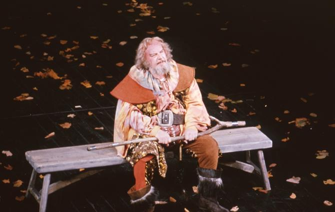 Falstaff (Brewster Mason) reflects in Henry IV Part II 1975