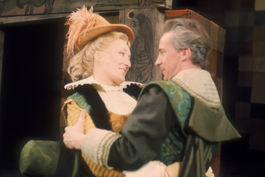 merry-wives-1968-elizabeth-spriggs-and-ian-richardson-541x361
