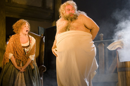 merry-wives-2006-falstaff-541x361