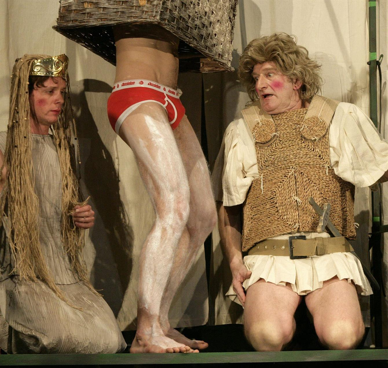a midsummer night s dream the confusion Shakespeare's magical comedy of mistaken, confused and enchanted identities, ' a midsummer night's dream', comes back to dubrovnik.