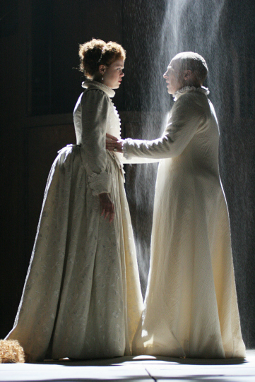 Richard (Jonathan Slinger) and the Queen (Hannah Barrie) saying farewell in Act 5 Scene 1 in 2007 Richard II