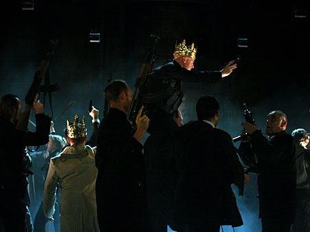 The cast of Richard III on stage during the battle scene