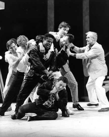 Fight breaks out on the street between men of the Capulet and Montague households.