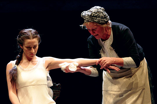 Juliet (Morven Christie) and her Nurse (Sorcha Cusack)