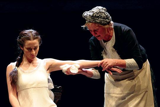 Juliet (Morven Christie) and her Nurse (Sorcha Cusack)