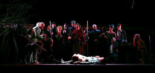 Both families gather to mourn Romeo and Juliet.