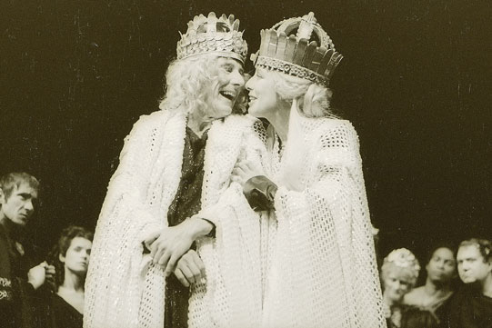 Saturninus (John Wood) and Tamora (Margaret Tyzack)