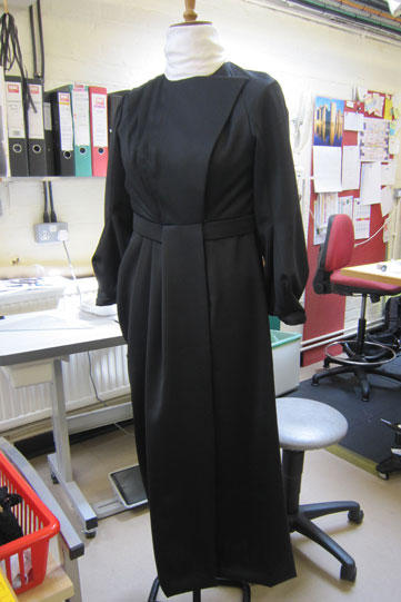 alls-well-countess-costume-complete-361x541