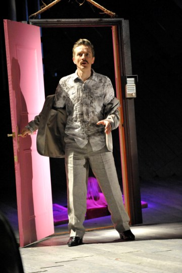 Jonathan McGuinness as Antipholus of Syracuse in The Comedy of Errors