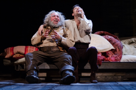 Antony Sher as Sir John Falstaff, Alex Hassell as Prince Hal in Henry IV Part I 2014