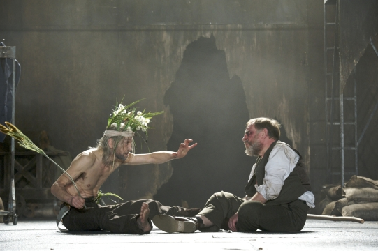 In his madness, Lear (Greg Hicks) reaches lucidity. His conversation with Gloucester (Geoffrey Freshwater) reveals a new awareness of the world.