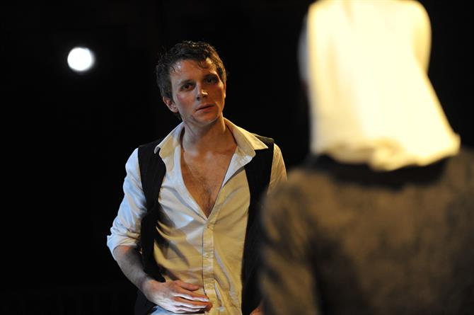 Production image of Mark Quartley as Claudio in Measure for Measure.