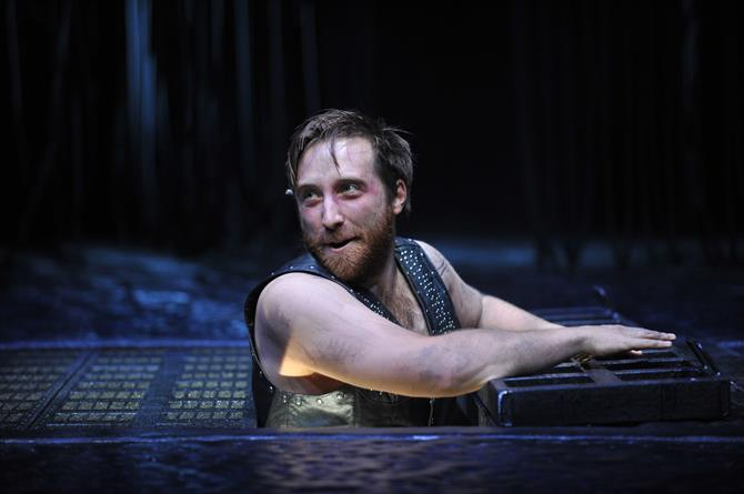 Production image of Joseph Kloska as Pompey in Measure for Measure.