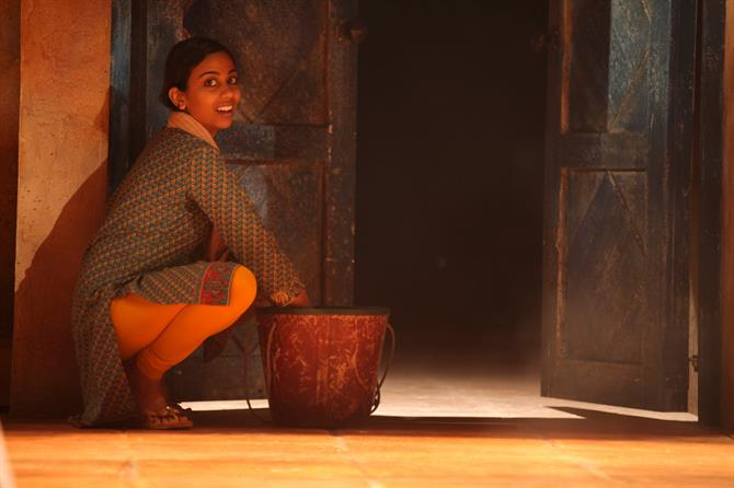 Anjana Vasan as Maid