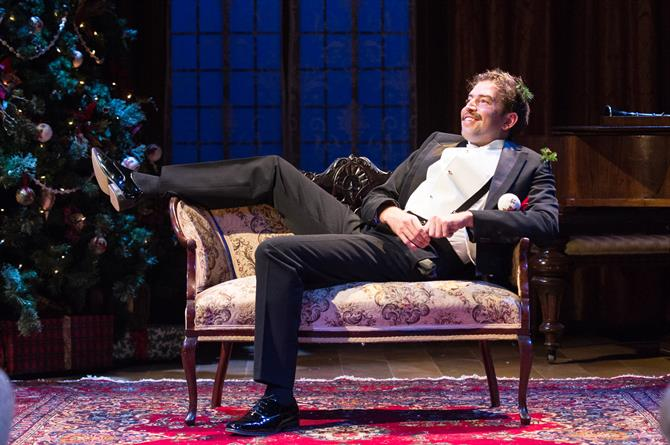 Edward Bennett as Benedick in Love's Labour's Won.