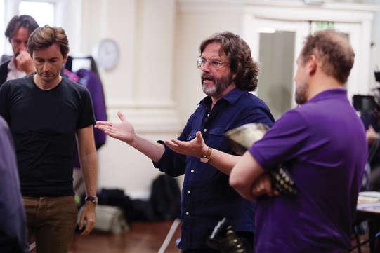 Director, Gregory Doran, in rehearsal for Richard II 2013, with David Tennant (Richard II) and Nigel Lindsay (Bolingbroke)