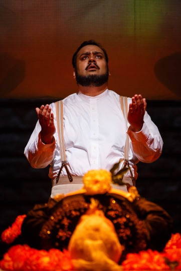 Tony Jayawardena as Abdul Karim in The Empress