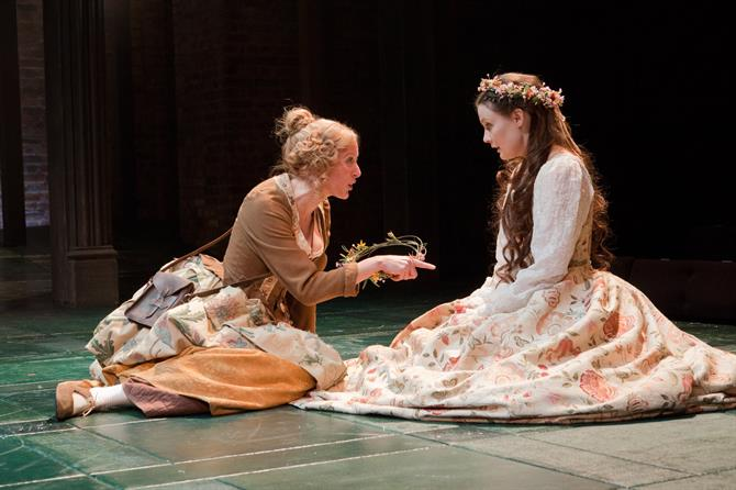 Production image of Sandy Foster as Sybil and Thomasin Rand as Rose Oatley.