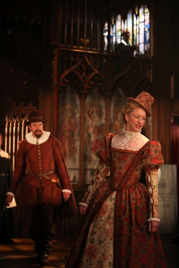 Simon Thorp and Annette McLaughlin as Lord and Lady Saville