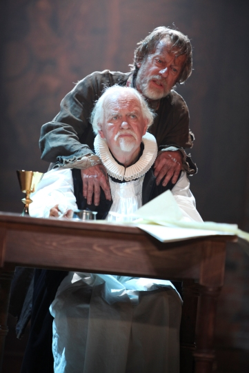 Oliver Ford Davies as Lancelot Andrewes and Stephen Boxer as William Tyndale in Written on the Heart.