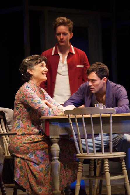 the marginalization of women in the play death of a salesman The death of a salesman is a play based on realism and the pursuit of the american dream that arthur miller took  marginalization of women(smith,.
