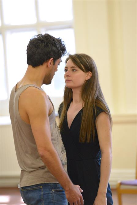 Alex Hassell and Jennifer Kirby in rehearsal for Henry V