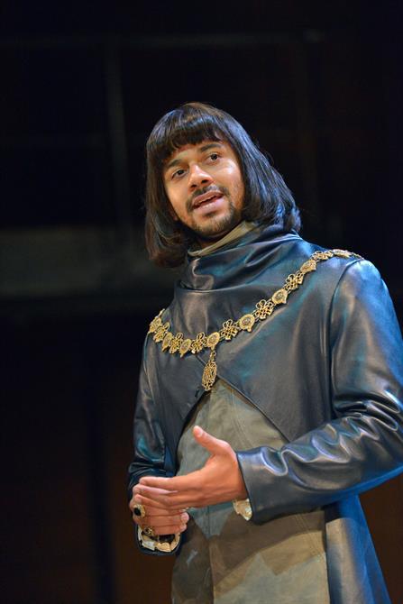 Robert Gilbert as Dauphin in Henry V.