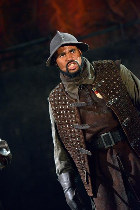 Obioma Ugoala as Gower in Henry V.