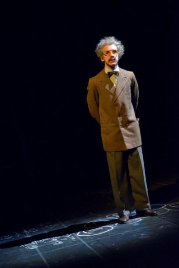 Jamie Wilkes as Albert Einstein in Oppenheimer.