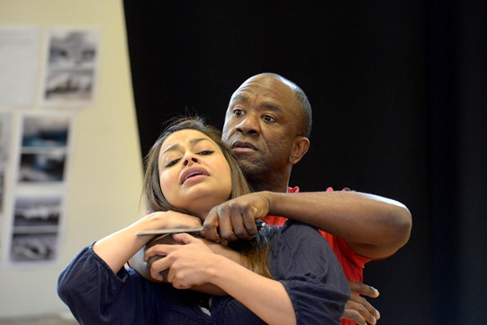 Ayesha Dharker and Lucian Msamati in rehearsal for Othello 2015