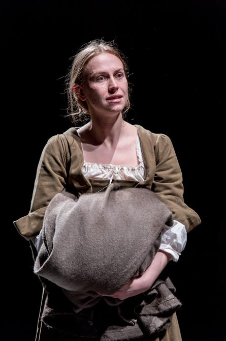 Beth Park as Abigail Hill in Queen Anne