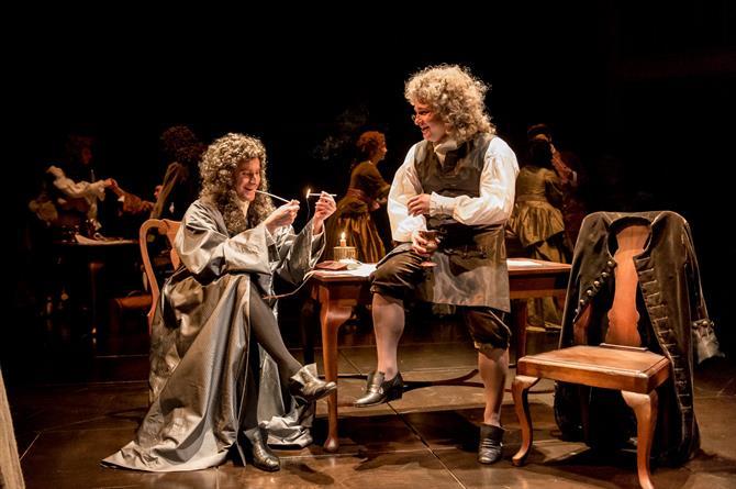 Tom Turner as Jonathan Swift and Jonathan Broadbent as Robert Harley in Queen Anne