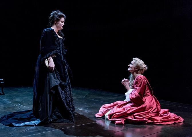 Emma Cunniffe as Queen Anne and Natascha McElhone as Sarah Churchill in Queen Anne
