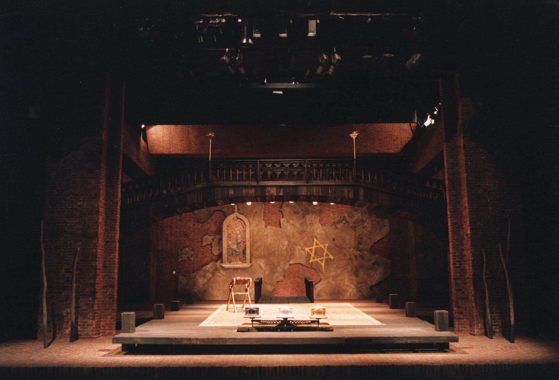 The Merchant of Venice set photo_ 1987_1987_Photo by Joe Cocks Studio Collection _c_ Shakespeare Birthplace Trust_178236