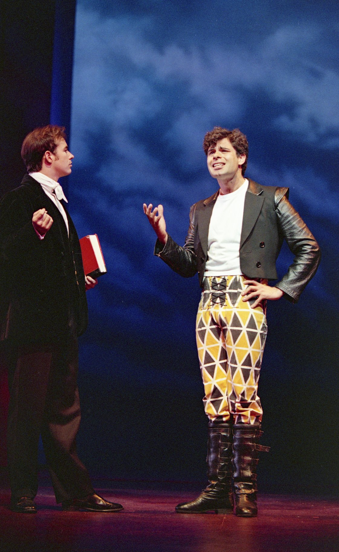 The Taming of the Shrew_ 1996_ Lucentio and Tranio_1996_Photo by Reg Wilson _c_ RSC_196555
