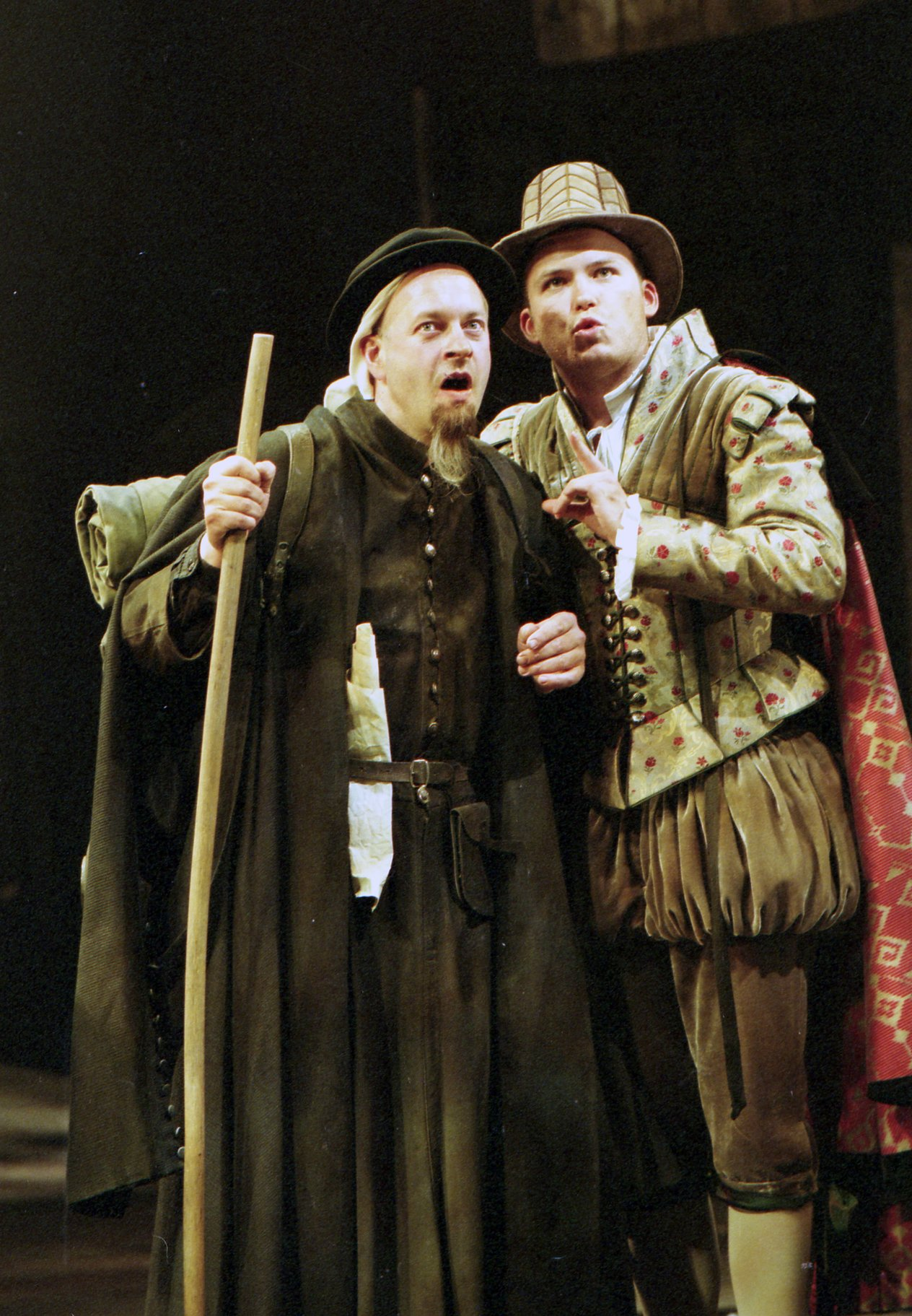 The Taming of the Shrew_ 2003_ the Pedant and Tranio_2003_Photo by Jonathan Dockar-Drysdale _c_ RSC_281582