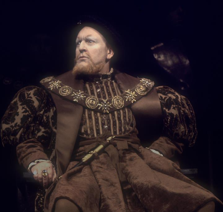 The photograph shows Donald Sinden as Henry VIII